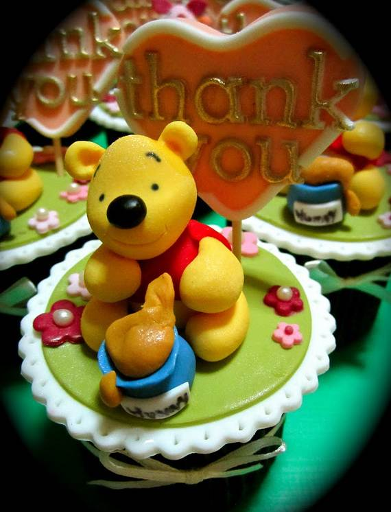 Winnie-the-Pooh-Cake-and-Cupcakes-Decorating-Ideas_40