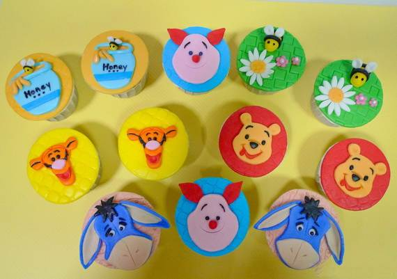 Winnie-the-Pooh-Cake-and-Cupcakes-Decorating-Ideas_53