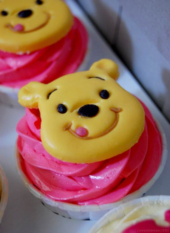 Winnie-the-Pooh-Cake-and-Cupcakes-Decorating-Ideas_81