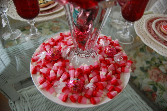 amazing easy homemade valentines day centerpieces ideas _13