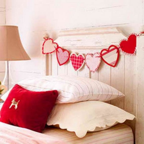 Beautiful -Bedroom- Decorating- Ideas- For- Valentine's- Day_09
