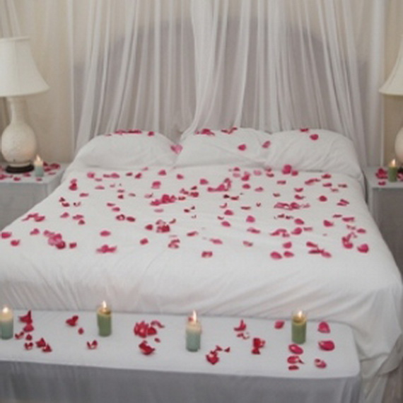 Amazing Beautiful Bedroom Decorating Ideas For Valentine's Day | Family 570 x 570 · 70 kB · jpeg