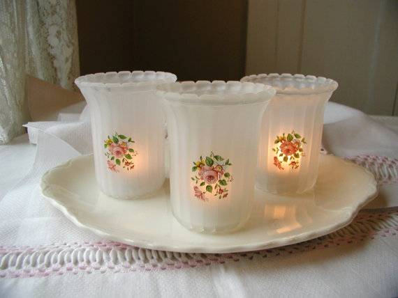 Beautiful- and -Romantic- Candle - Decorations- for- Valentine's- Day_19