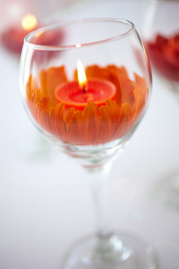 Beautiful- and -Romantic- Candle - Decorations- for- Valentine's- Day_35