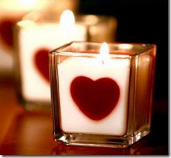 Beautiful- and -Romantic- Candle - Decorations- for- Valentine's- Day_44
