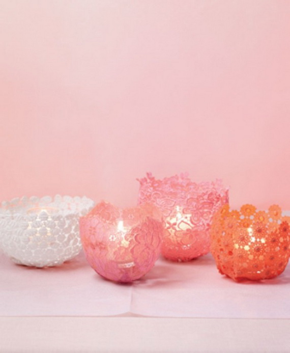Beautiful- and -Romantic- Candle - Decorations- for- Valentine's- Day_46