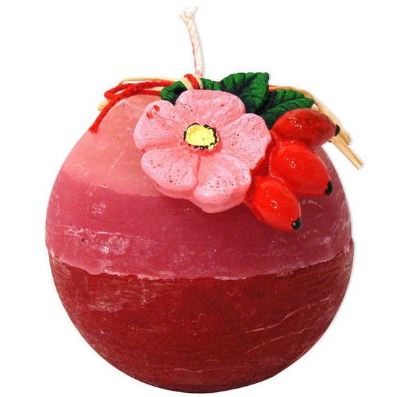 Beautiful- and -Romantic- Candle - Decorations- for- Valentine's- Day_48