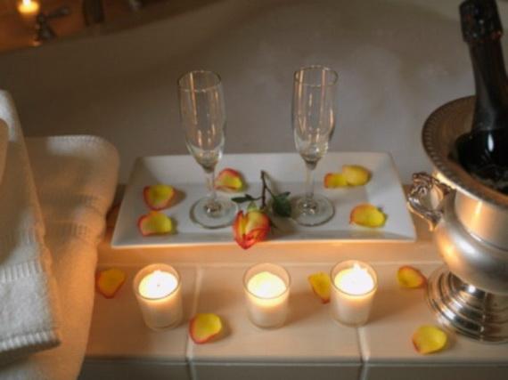 Great- Sexy -Valentine's- Day- Bathroom- Decorating- Ideas _34
