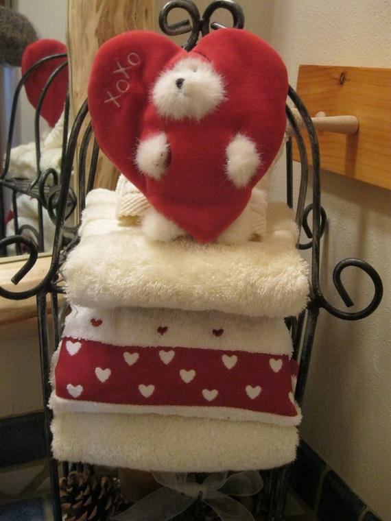 Great- Sexy -Valentine's- Day- Bathroom- Decorating- Ideas _39