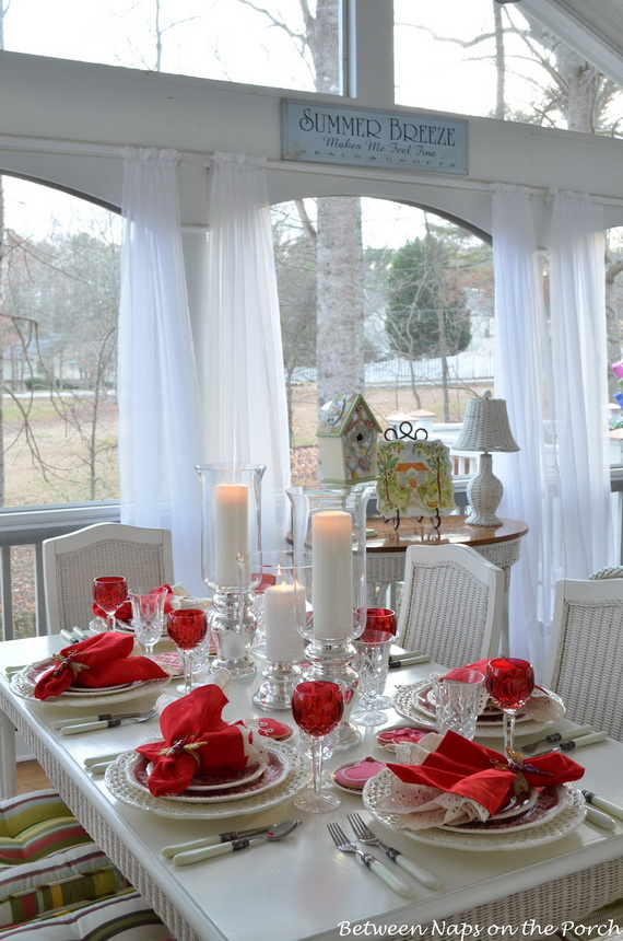 Romantic Table Decorating Ideas for Valentine's Day | Family Holiday