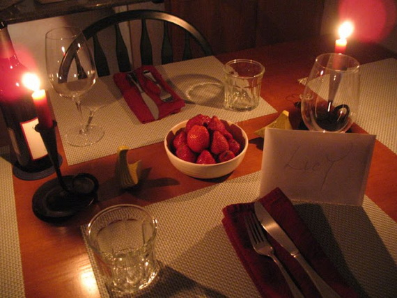 Romantic Table- Decorating- Ideas- for- Valentine's- Day-_18