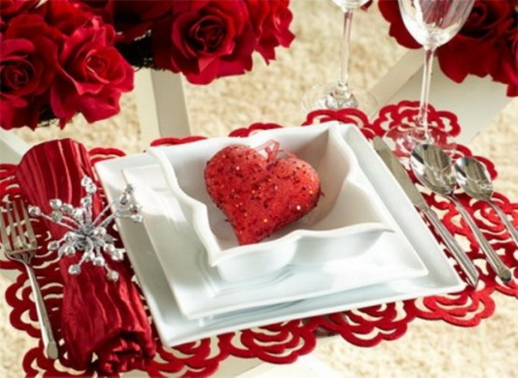romantic table decorating ideas for valentine 39 s day family to family. Black Bedroom Furniture Sets. Home Design Ideas
