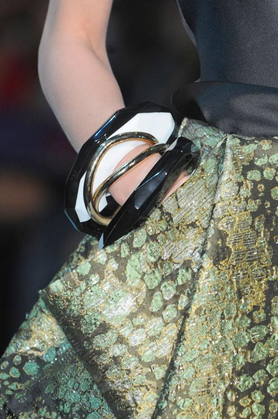Year -of- the- Snake-Fashion _15