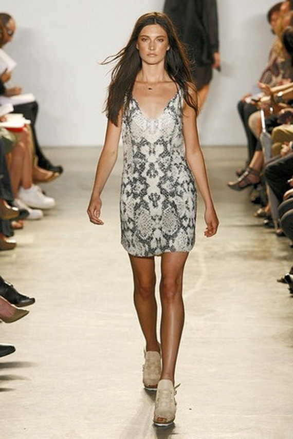 Year -of- the- Snake-Fashion _23