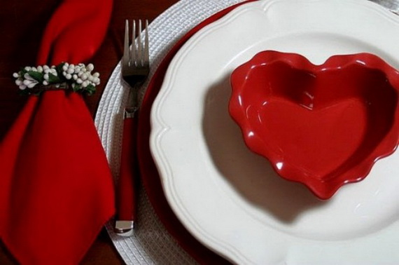 60-Cool -and -Beautiful- Valentine- Table -Decorating- Ideas _54