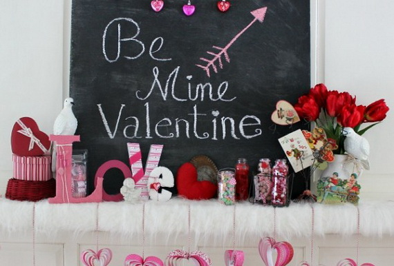 65 -Gorgeous- Valentine's- Day- Mantel- Décor- Ideas_33