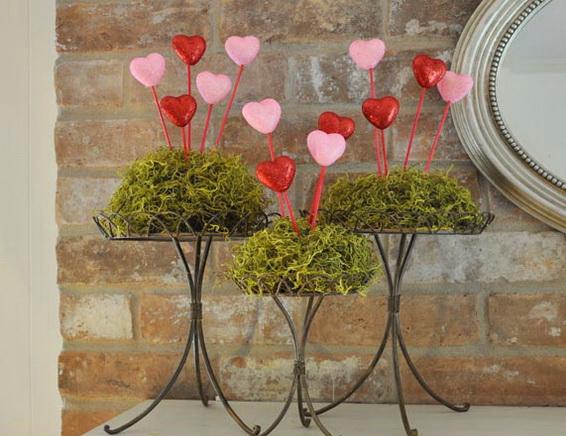 65  Gorgeous  Valentineu0027s  Day  Mantel  Décor  Ideas_34