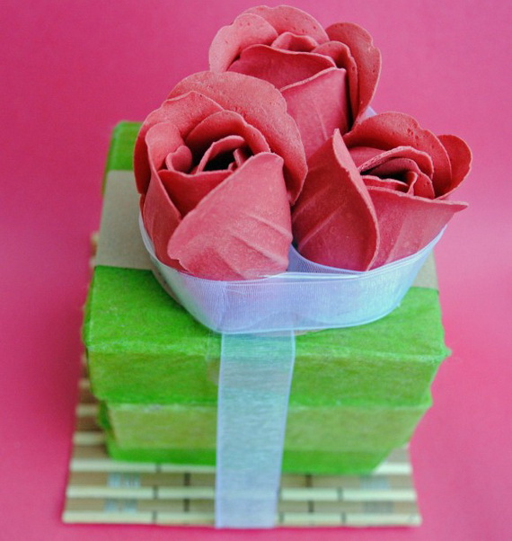 Beautiful Wrapping- Gift- Design-s and- Ideas-  For- Valentine's- Day_07