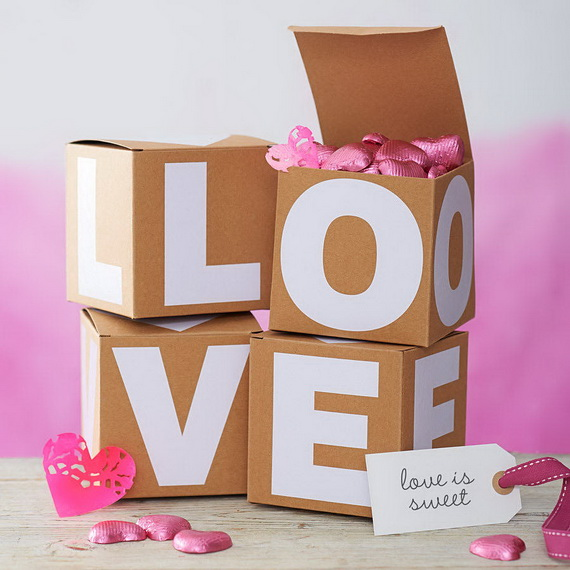 Beautiful Wrapping- Gift- Design-s and- Ideas-  For- Valentine's- Day_54