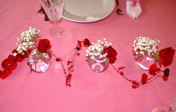 Romantic- Valentine's Day- Table -Setting -ideas_009