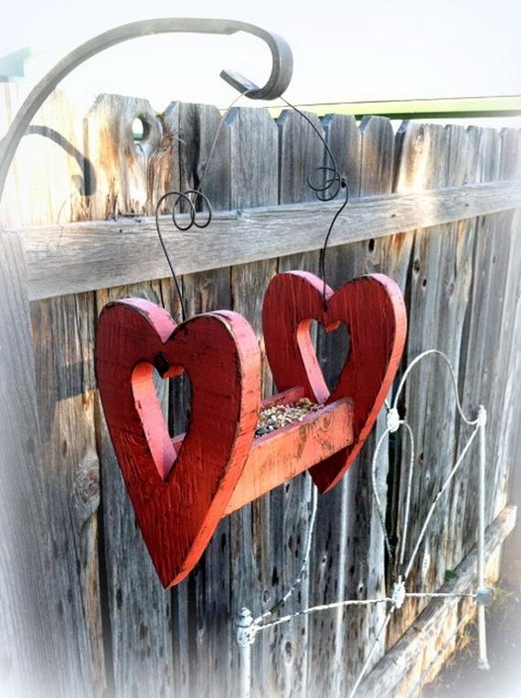 Valentine's- Outdoor-Decoration- Ideas_26