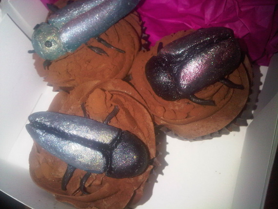April- Fool's- Day- Cakes- &- Cupcakes_13