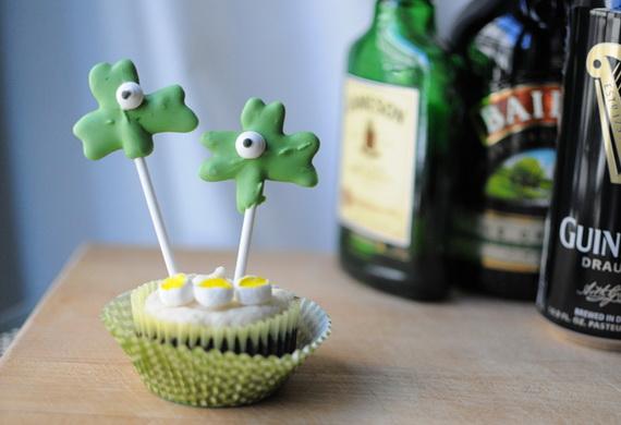 Boozy-Irish-Cupcakes_resize