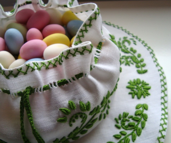 Easter- Egg- Bowl- Centerpiece_43