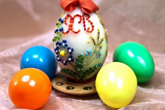 Easter egg decorated with beads