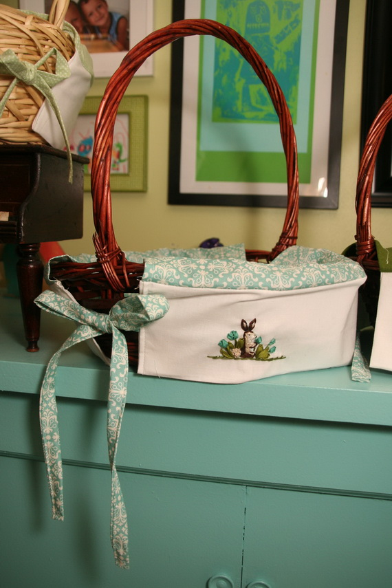 Embroidered- Easter- Treat- Gift- Basket_35
