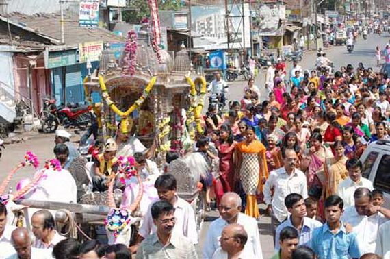 Mahavir- Jayanti- Festival- Jain- Festivals_01