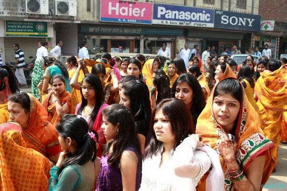 Mahavir- Jayanti- Festival- Jain- Festivals_09