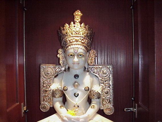 Mahavir- Jayanti- Festival- Jain- Festivals_24