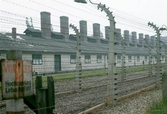 World-War-2-Holocaust-Memorial-Day-_13