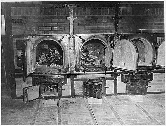 World-War-2-Holocaust-Memorial-Day-_23