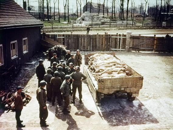 World-War-2-Holocaust-Memorial-Day-_52