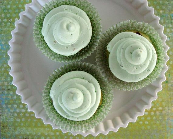 pistachio chocolate coconut cupcakes BLOG_resize