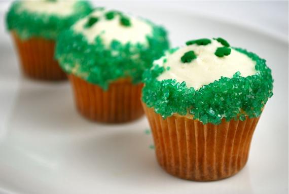 shamrock-mini-cupcakes-23_resize