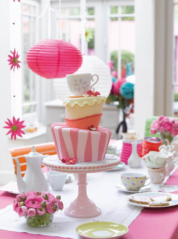 Celebrate-Mothers-Day-with-Decorating-Ideas-of-Cakes-Cupcakes-_20