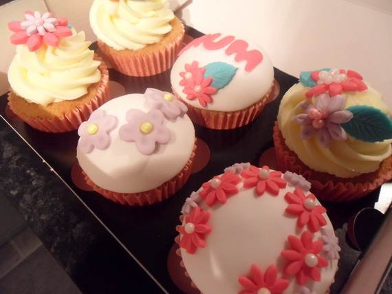 Celebrate-Mothers-Day-with-Decorating-Ideas-of-Cakes-Cupcakes-_32