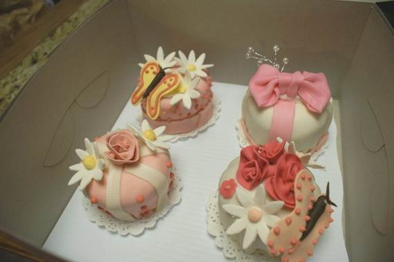 Creative-Mothers-Day-Cupcake-Ideas_08