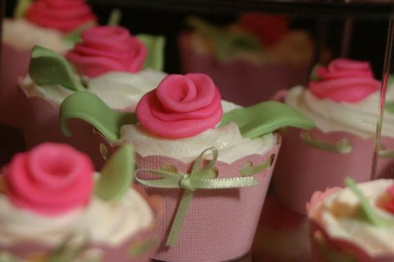 Creative-Mothers-Day-Cupcake-Ideas_49
