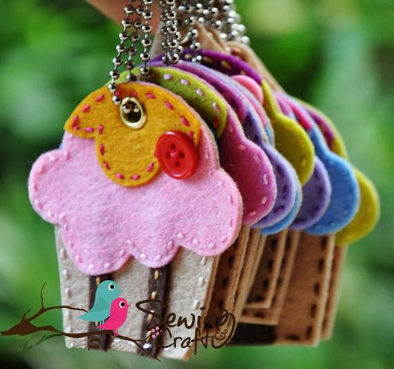 Felt-Crafts-and-Needle-Felting-Projects-for-All-Seasons-_050