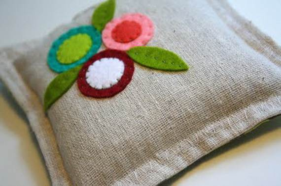 Felt-Crafts-and-Needle-Felting-Projects-for-All-Seasons-_070