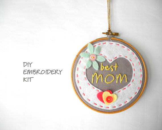 Homemade-Mothers-Day-Craft-Gift-Ideas_37