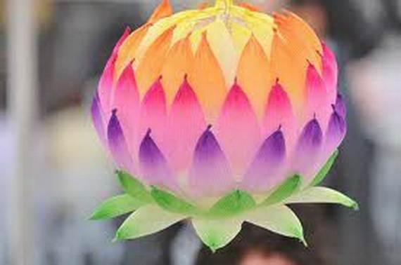 Diy paper lotus lanterns for buddhas birthday family holiday diy paper lotus lanterns for buddhas birthday311 mightylinksfo