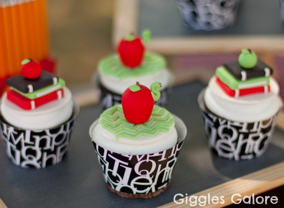 Back to School Cake and Cupcake Ideas_10