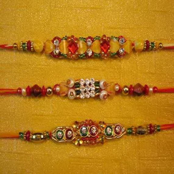 Traditional Rakhi Styles and designs on Raksha Bandhan _23