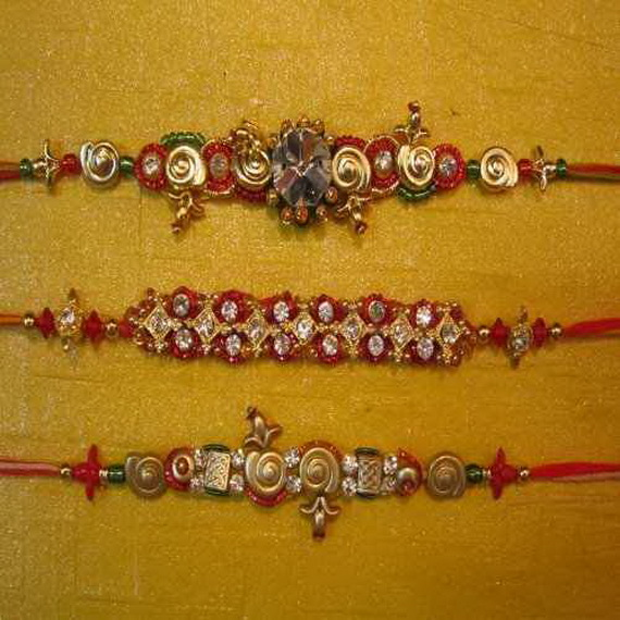 Traditional Rakhi Styles and designs on Raksha Bandhan _24