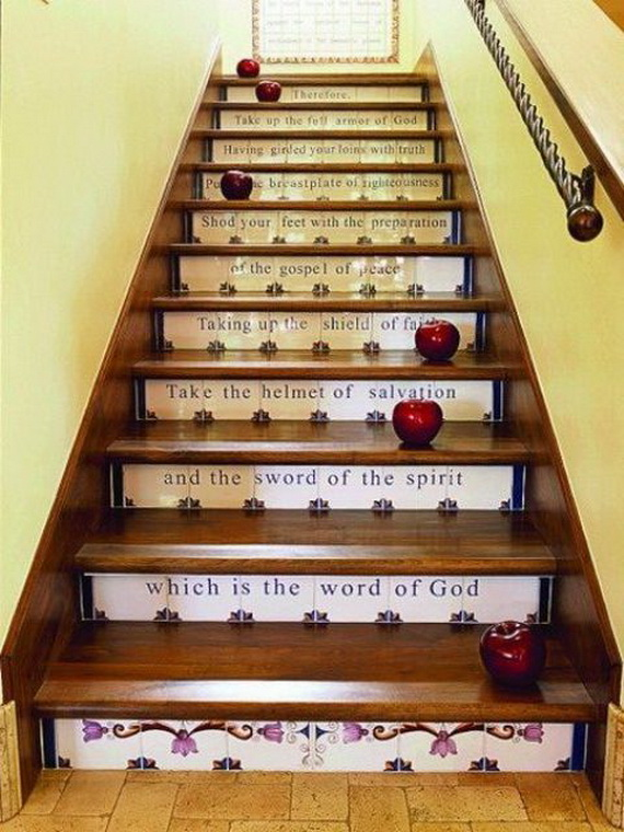 50 Unique Fall Staircase Decor Ideas_33